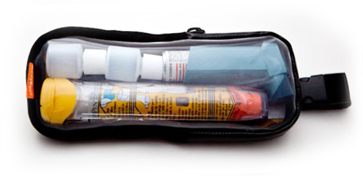 Pouch with Two 7ml Bottles and a Pufer